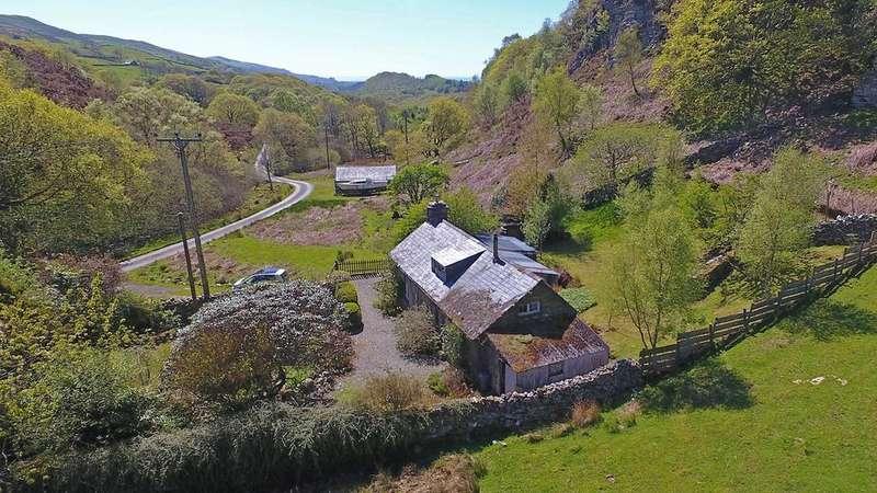 2 Bedrooms Detached House for sale in Llandecwyn, Gwynedd, LL47