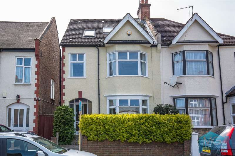 5 Bedrooms Semi Detached House for sale in Petworth Road, North Finchley, London, N12