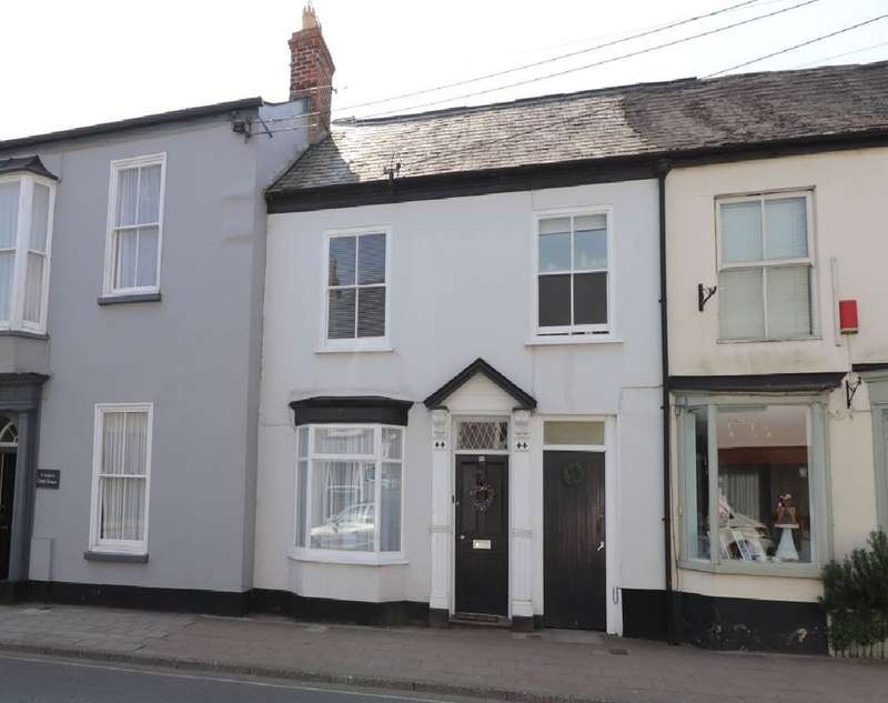 3 Bedrooms Town House for sale in South Street, South Molton