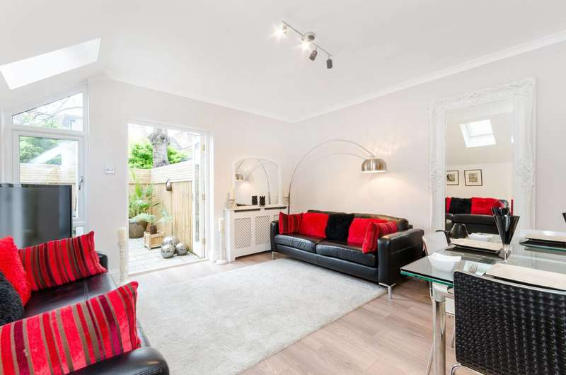 2 Bedrooms Flat for sale in De Morgan Road, Sands End, SW6