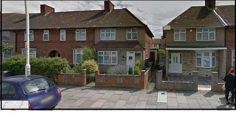 3 Bedrooms Semi Detached House for rent in Longbridge rd, essex, Dagenham RM8
