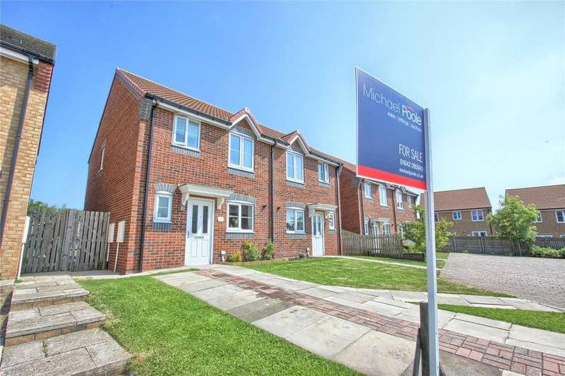 3 Bedrooms Semi Detached House for sale in Stratton Close, Brotton
