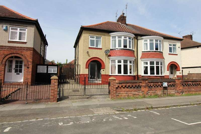 3 Bedrooms Semi Detached House for sale in West Crescent, West End