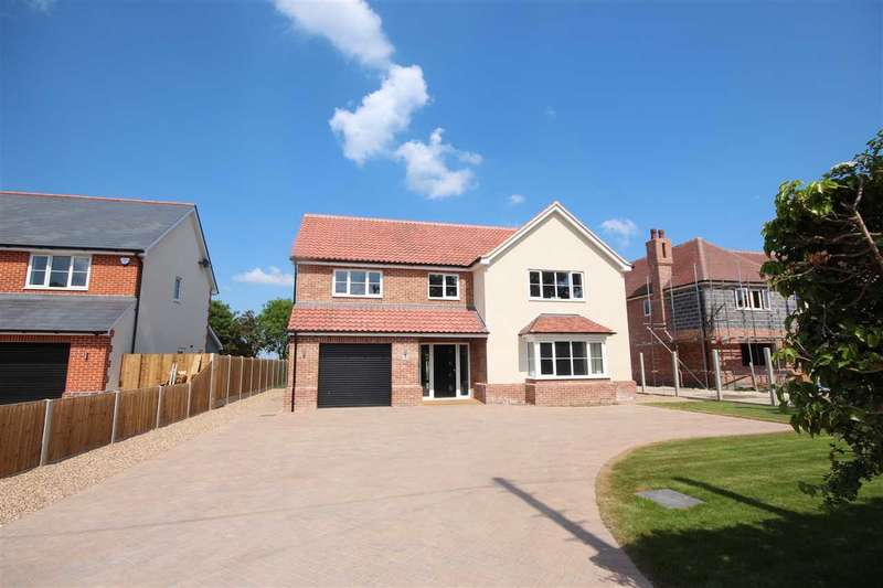 4 Bedrooms Detached House for sale in Betts Green Road, Little Clacton