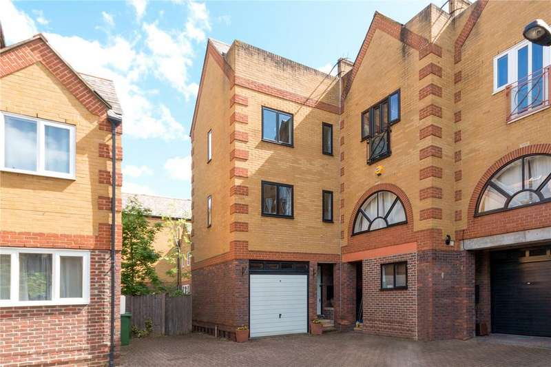 3 Bedrooms End Of Terrace House for sale in Hardy Close, London, SE16