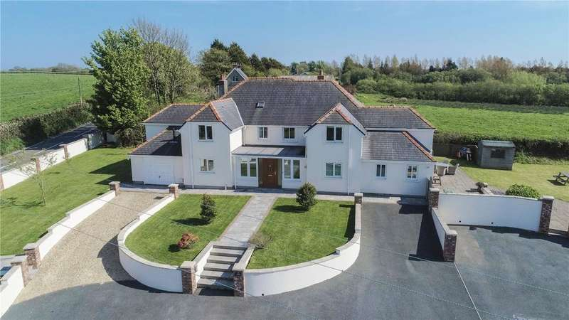 5 Bedrooms Detached House for sale in The Hollies, Moreton, Saundersfoot