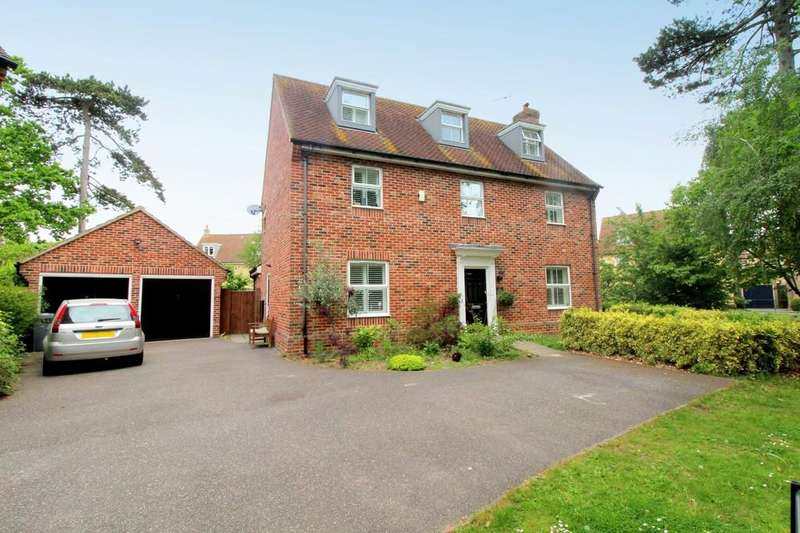 5 Bedrooms Detached House for sale in Thomas Crescent, Kesgrave, IP5 2HN