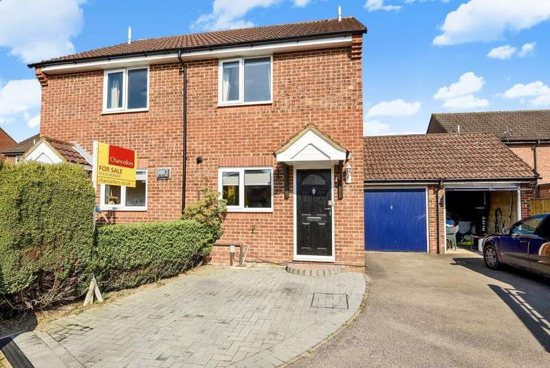 2 Bedrooms House for sale in Wilfred Way, Thatcham, RG19
