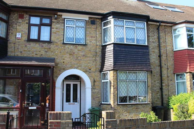 3 Bedrooms Terraced House for sale in Grove Road, Walthamstow E17