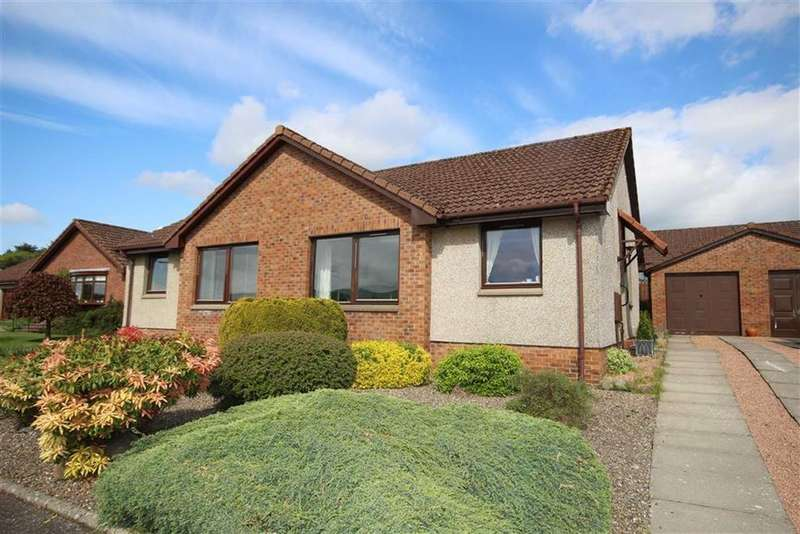 2 Bedrooms Semi Detached House for sale in 2, Gib Gardens, Cupar, Fife, KY15