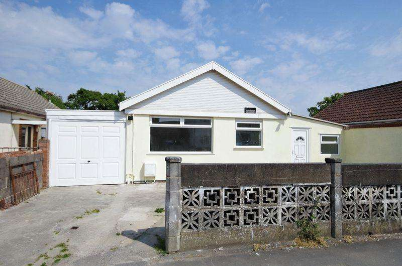 2 Bedrooms Detached Bungalow for sale in Beach Road, Severn Beach, Bristol