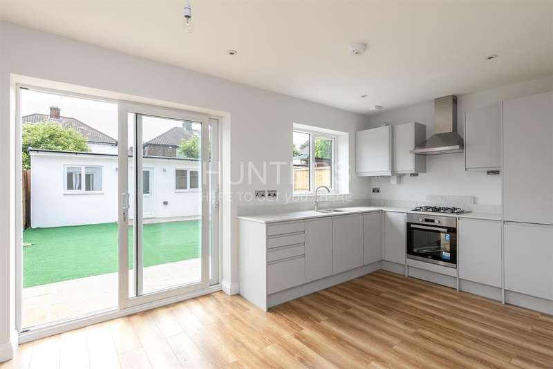 2 Bedrooms Flat for sale in Cumbrian Gardens, London, NW2