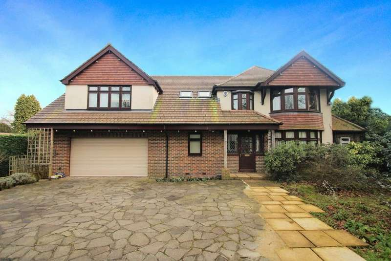 5 Bedrooms Detached House for sale in Oxenden Wood Road, Orpington, BR6