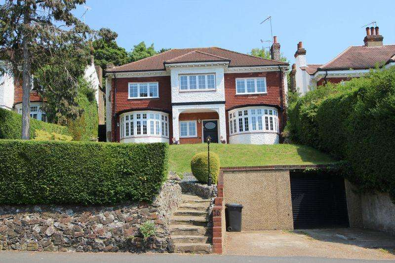 5 Bedrooms Detached House for sale in Plough Lane, West Purley