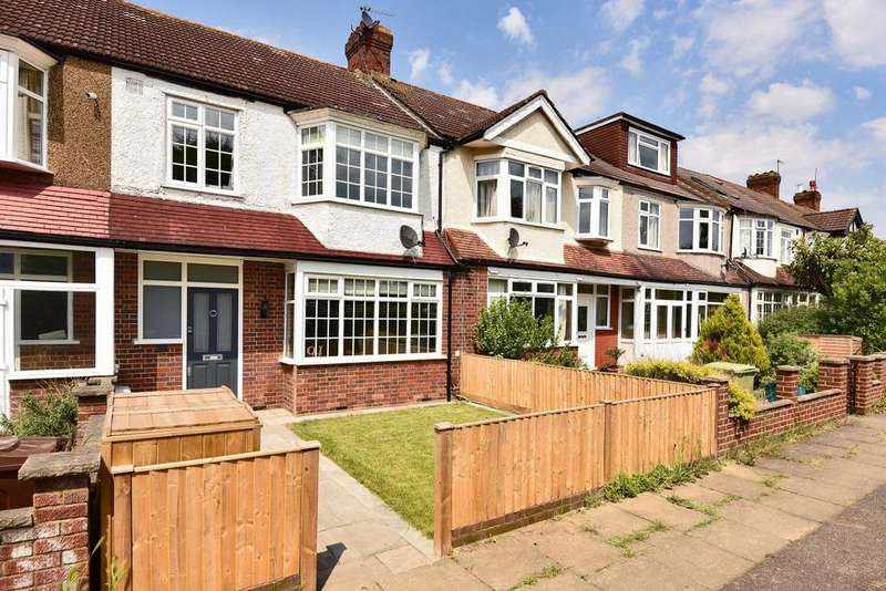 3 Bedrooms Terraced House for sale in Crossway, Raynes Park
