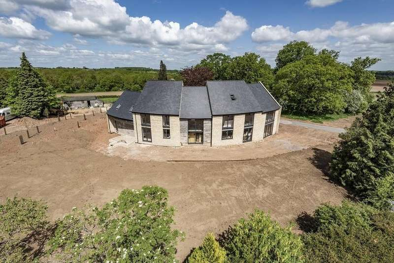 6 Bedrooms Detached House for sale in The Spinney, Hampton Lucy, Warwick