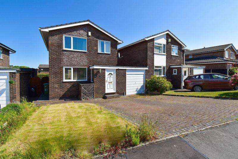 3 Bedrooms Detached House for sale in Daven Road, Congleton