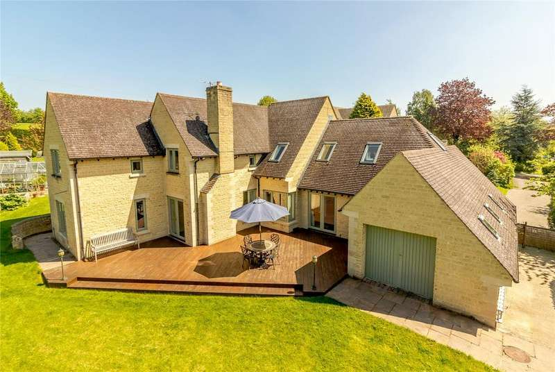 4 Bedrooms Detached House for sale in Downs Way, Baunton, Cirencester, Gloucestershire