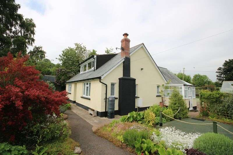 3 Bedrooms Property for sale in Torre, Washford
