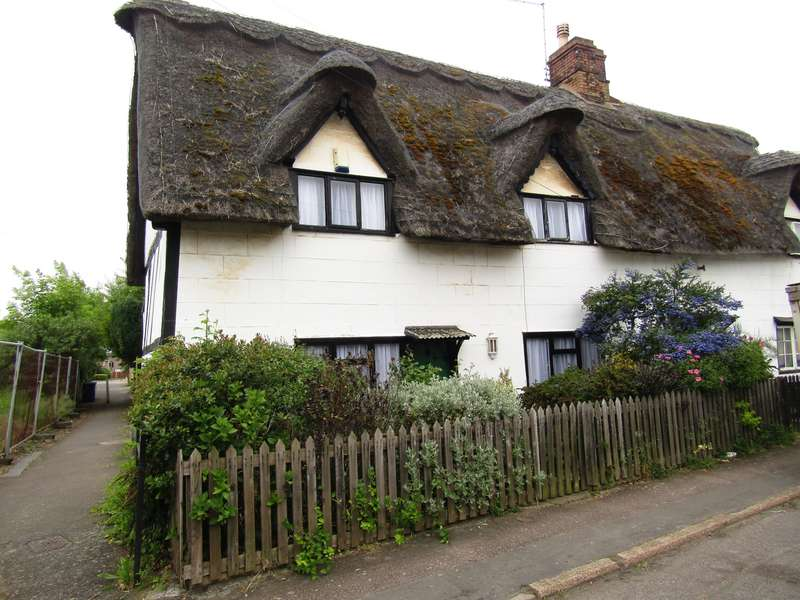 2 Bedrooms Cottage House for sale in Low Cross, Whittlesey, PE7