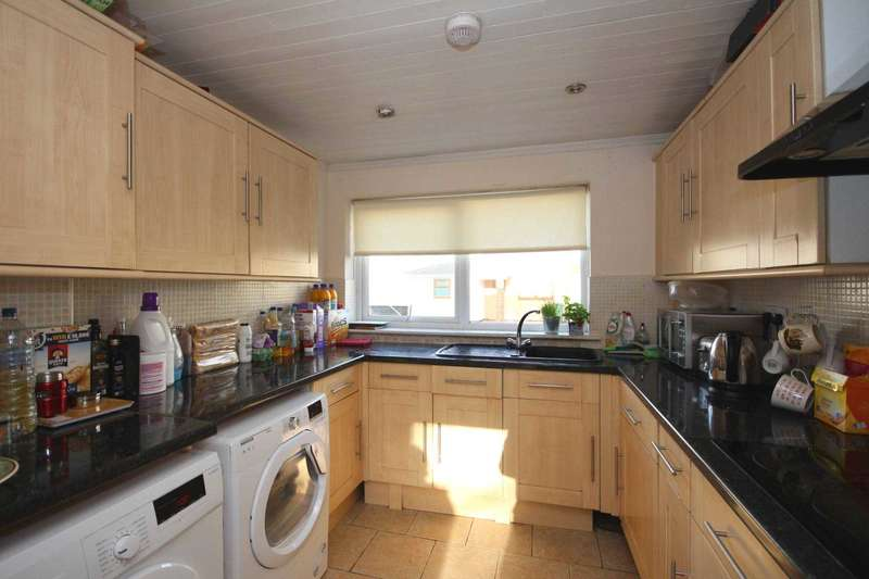 4 Bedrooms End Of Terrace House for sale in Ashbourne, Bracknell