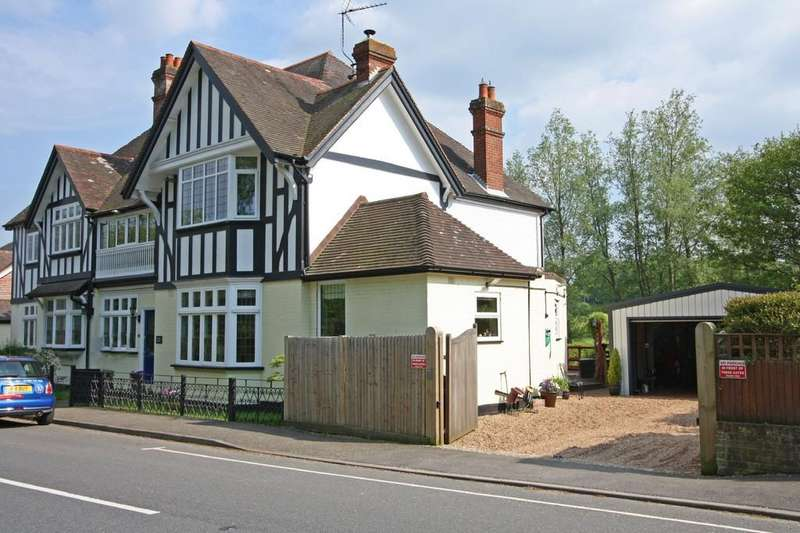 5 Bedrooms Semi Detached House for sale in Etchingham