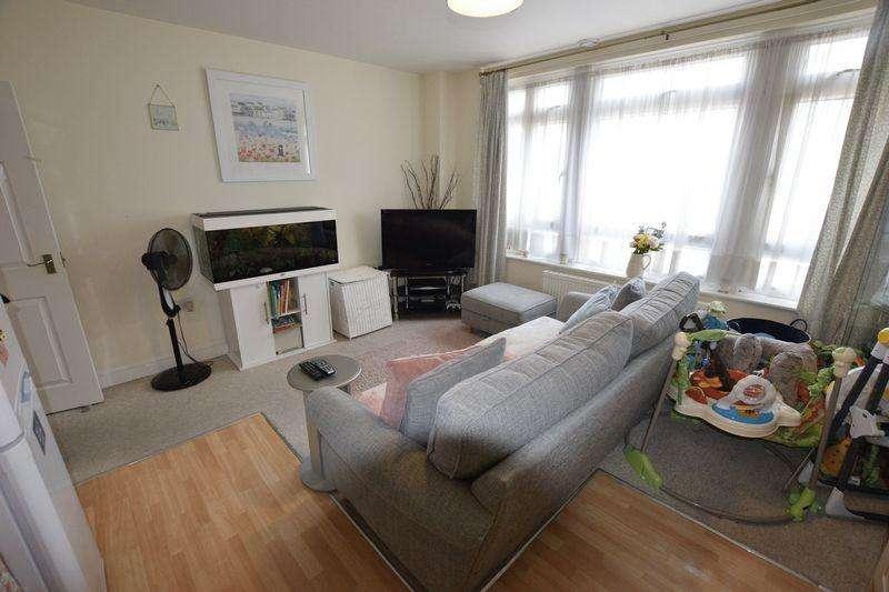 1 Bedroom Apartment Flat for sale in Burnt Ash Road, Lee Green, SE12 8PZ