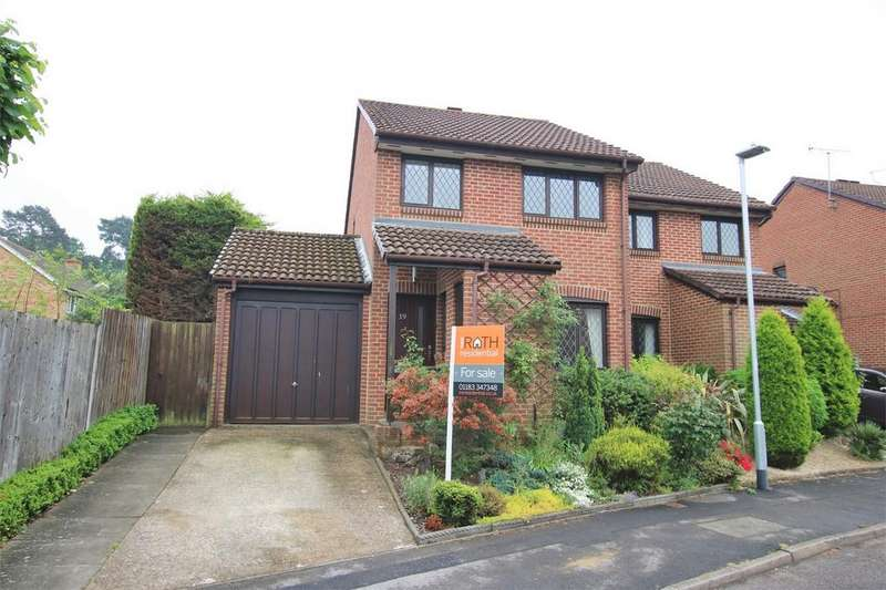 3 Bedrooms Semi Detached House for sale in Merryman Drive, CROWTHORNE, Berkshire