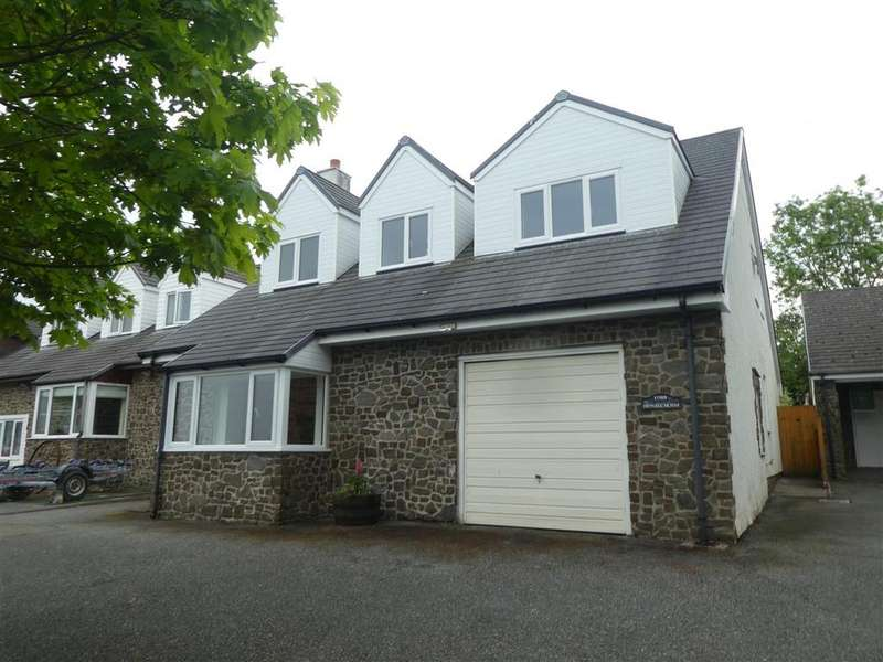 5 Bedrooms Detached House for sale in Hengell Uchaf, New Quay