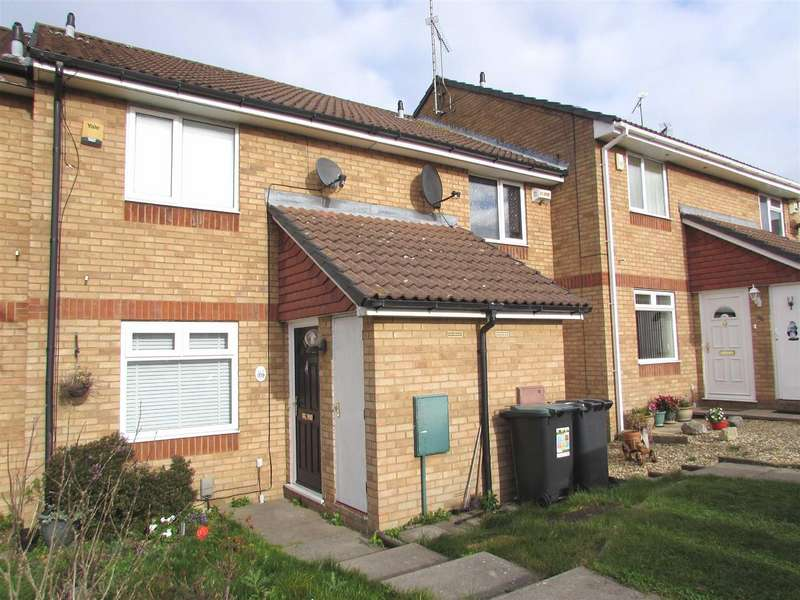 2 Bedrooms Terraced House for sale in Farrow Close, Luton