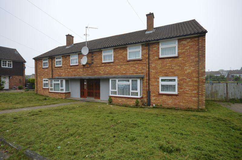 1 Bedroom Apartment Flat for sale in Helmsley Close, Luton
