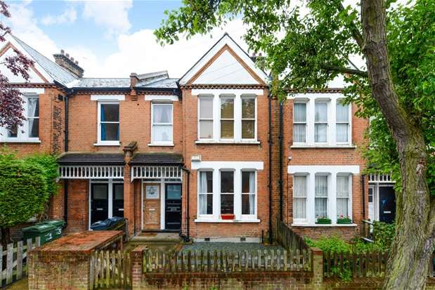 2 Bedrooms Maisonette Flat for sale in Deerdale Road, Herne Hill