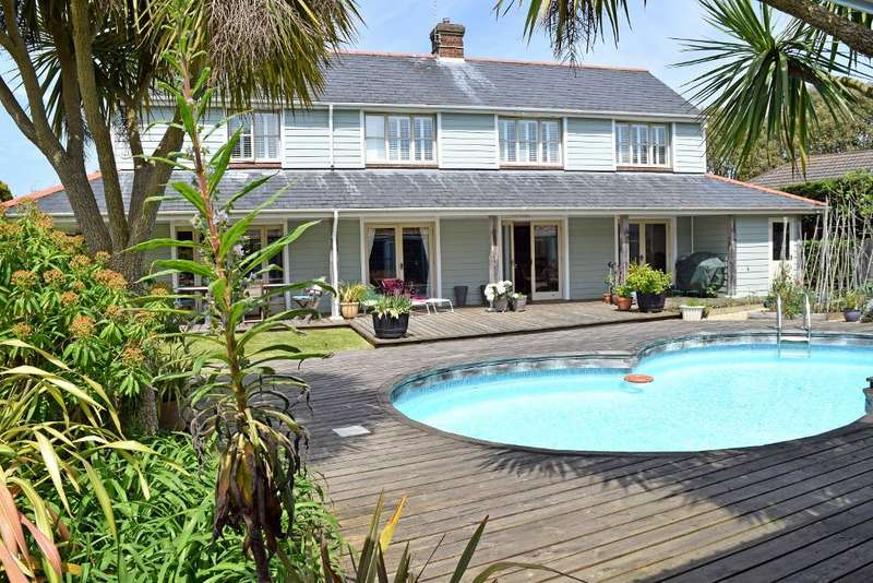 5 Bedrooms Detached House for sale in Swains Road, Bembridge, Isle of Wight, PO35 5XS