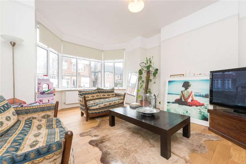 4 Bedrooms House for sale in James Avenue, London, NW2