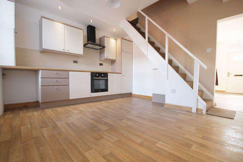 2 Bedrooms Terraced House for sale in Fair Street, Morris Green, Bolton, Lancashire.