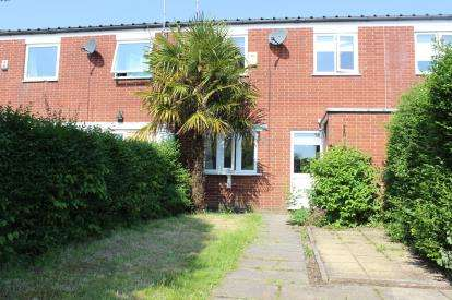3 Bedrooms Terraced House for sale in Sandstone Way, Chorlton, Manchester