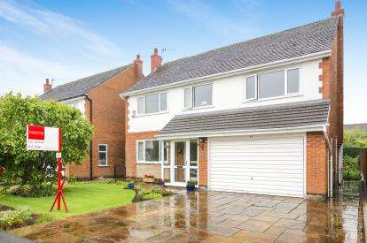 4 Bedrooms Detached House for sale in Cheviot Road, Hazel Grove, Stockport, Greater Manchester
