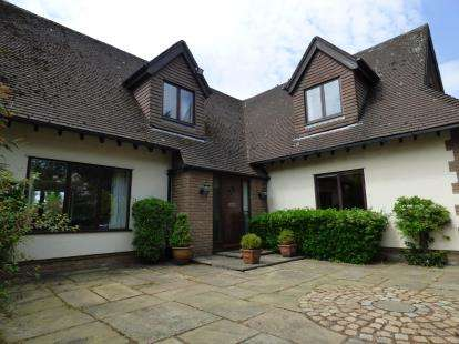 4 Bedrooms Detached House for sale in Ince Road, Liverpool, Merseyside, L23