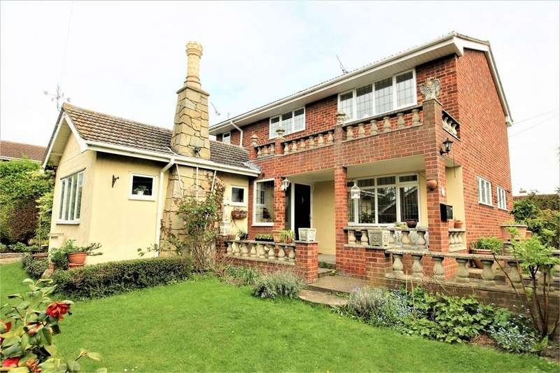 3 Bedrooms Detached House for sale in Newlands Road, CANVEY ISLAND, Essex