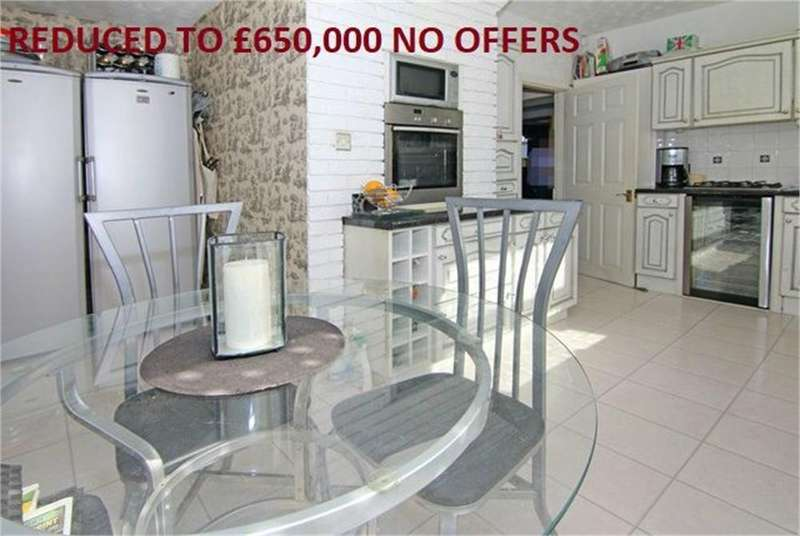 3 Bedrooms Semi Detached House for sale in Dollis Hill Avenue, London