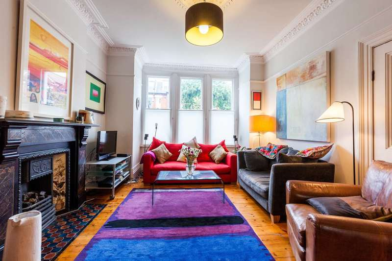 5 Bedrooms Semi Detached House for sale in Upstall Street, Brixton, SE5