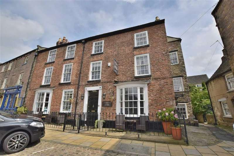 8 Bedrooms Town House for sale in Castle Hill, Richmond, North Yorkshire