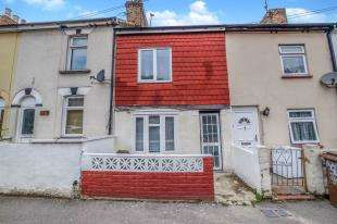 3 Bedrooms Terraced House for sale in Victoria Street, Gillingham, Kent, .