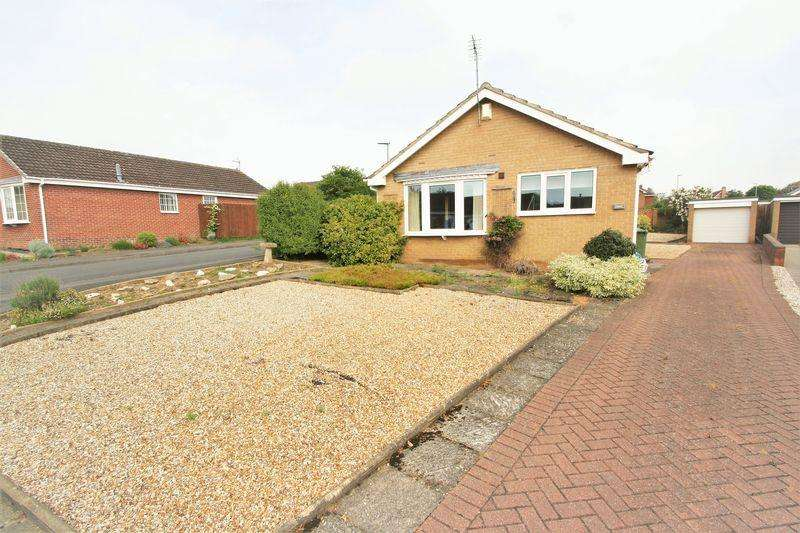 2 Bedrooms Detached Bungalow for sale in Martham Close, Elm Tree, Stockton, TS19 0XG
