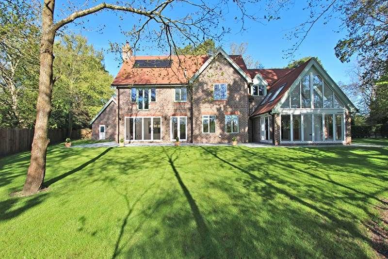 5 Bedrooms Detached House for sale in Woodbury, Brockenhurst
