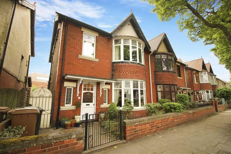 4 Bedrooms Semi Detached House for sale in Queens Drive, Whitley Bay, Tyne And Wear