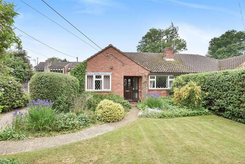 2 Bedrooms Semi Detached Bungalow for sale in Barkham Ride, Finchampstead, Berkshire RG40 4HB