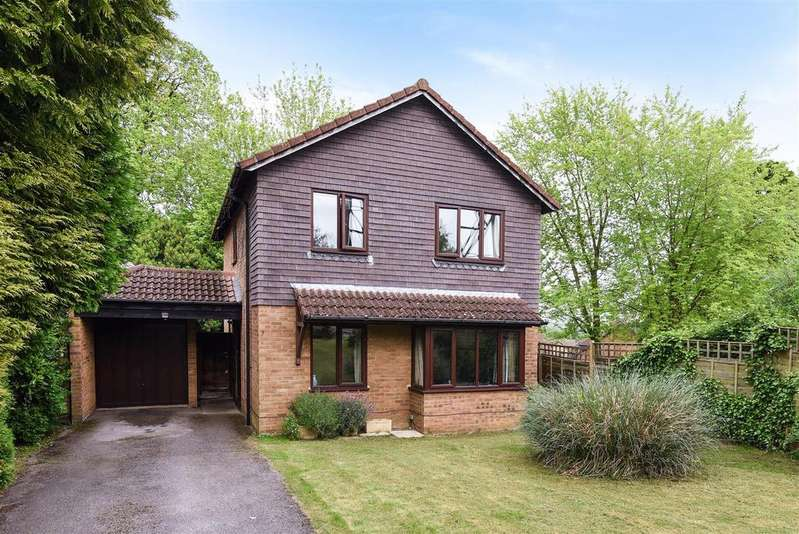4 Bedrooms Detached House for sale in Ruskin Way, Wokingham, Berkshire RG41 3BP