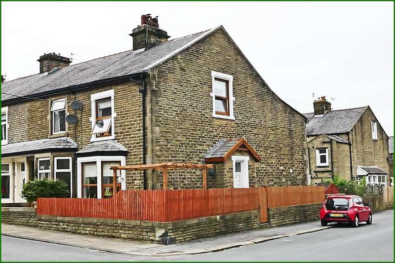 3 Bedrooms End Of Terrace House for sale in Harper Street, Barnoldswick BB18