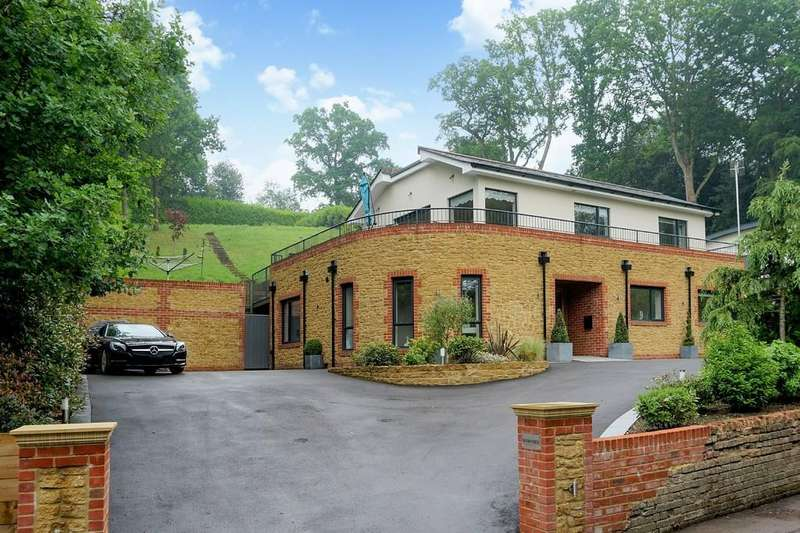 4 Bedrooms Detached House for sale in Mackies Hill, Peaslake, Guildford GU5 9RH